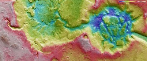 The topography of Nilosyrtis Mensae